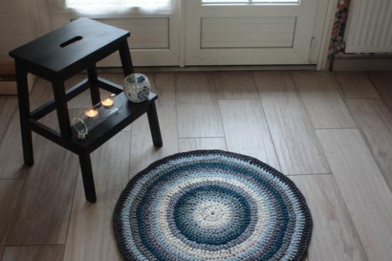 textiles-et-tapis-tapis-hiver-crochet-avec-du-fil-alittletouch